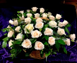 Posy basket with White roses